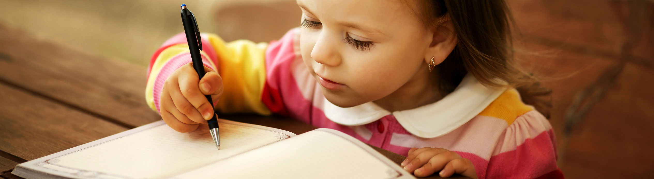 Girl Writing for Speech Bee Speech Pathology and Therapy Services Helping Communication Difficulties